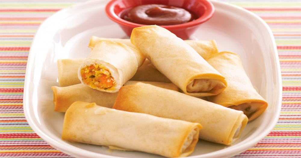 How to make Crispy Chicken Cheese Roll at home with Urdu ...