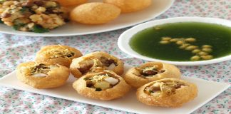 Crispy and Spicy Pani Puri