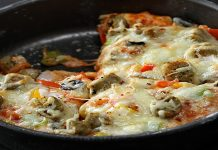 How to make Delicious Chicken Pan Pizza at home
